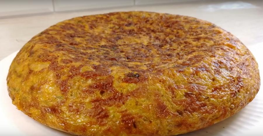 Капустная запеканка на сковороде: вкусно, просто и сытно