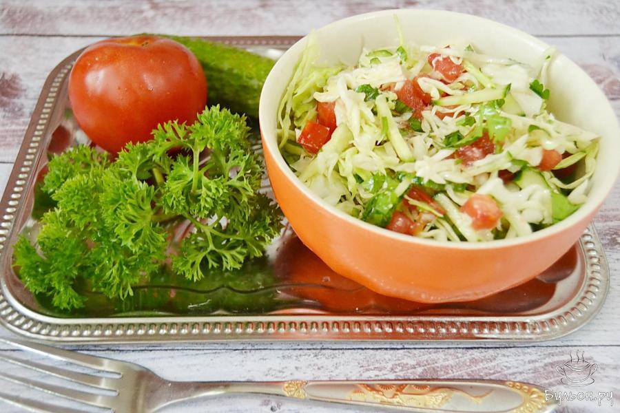 Свежий сочный салат из овощей на каждый день