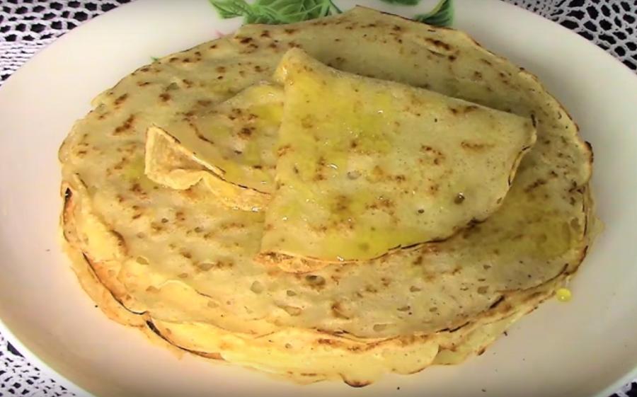 Постные дрожжевые блинчики: вкуснейшее блюдо к завтраку