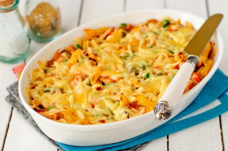 Макароны, запеченные с овощами и сыром