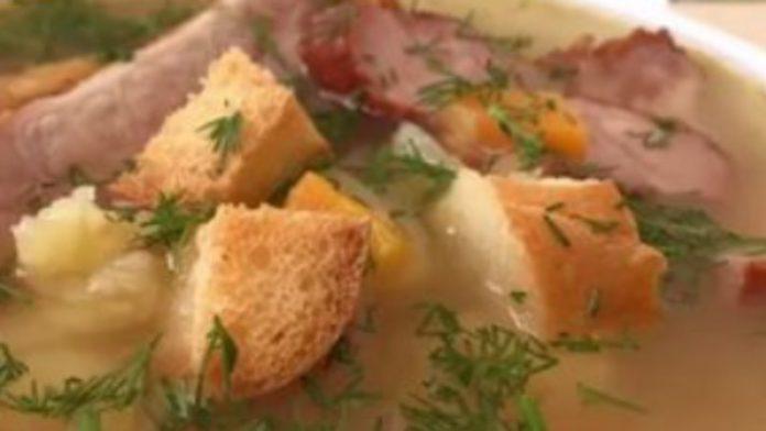 Гороховый суп с копчеными ребрышками, очень вкусный