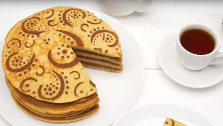 Блинный торт «Зебра»: вкуснятина из простых продуктов