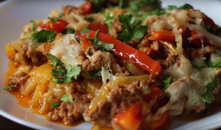 Картофель с мясом, запеченный в духовке: отличный вариант ужина