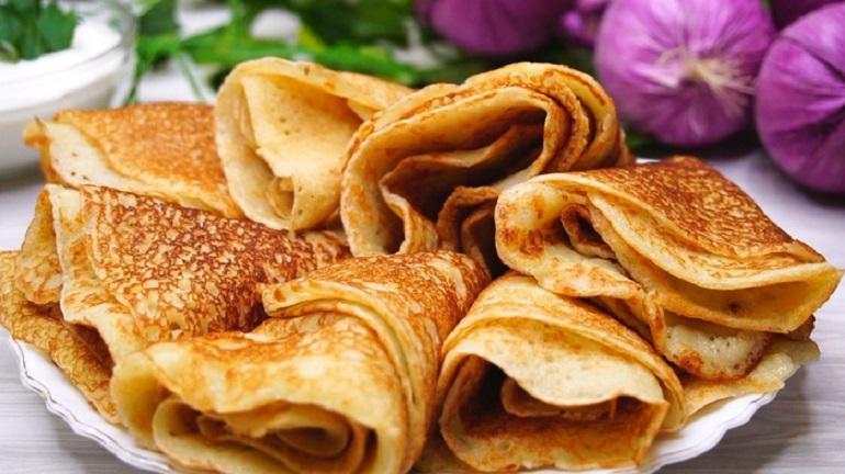 Картофельные блины с луком: сытные и аппетитные
