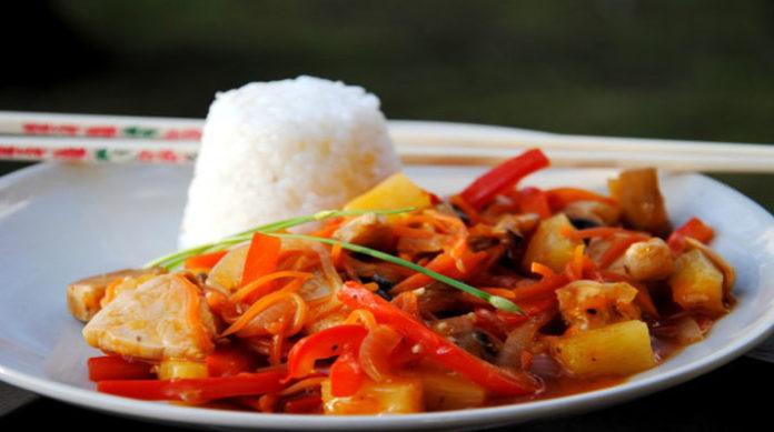Рыба в кисло-сладком соусе: отличный ужин