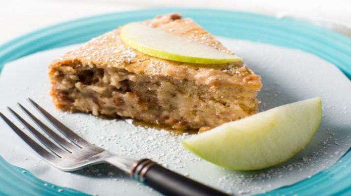 Постная шарлотка с яблоками: невероятно вкусная
