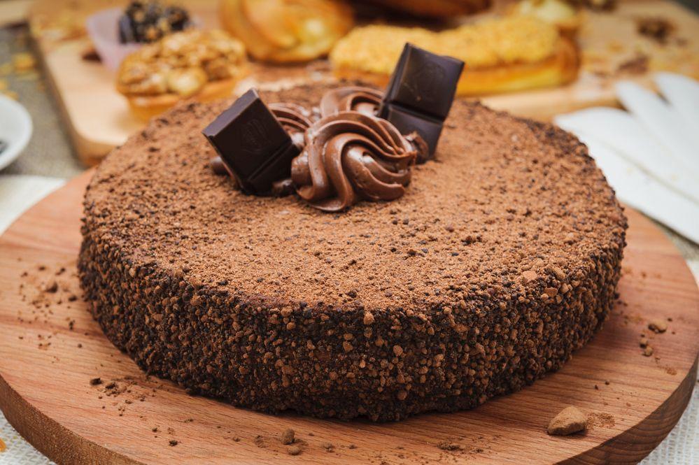 Шоколадный бисквит на кипятке - умеренно влажный и вкусный