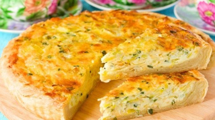 Пирог с капустой и сыром: побалуйте семью вкусной выпечкой