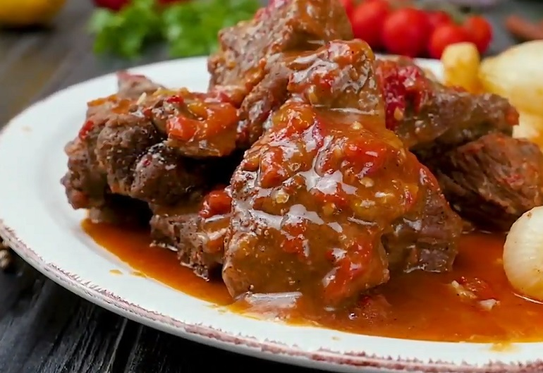 Тушеная телятина: нежнее мяса не бывает