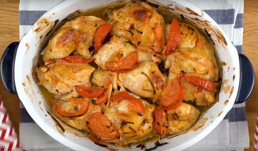 Курочка, маринованная с помидорами для шашлыка или запекания