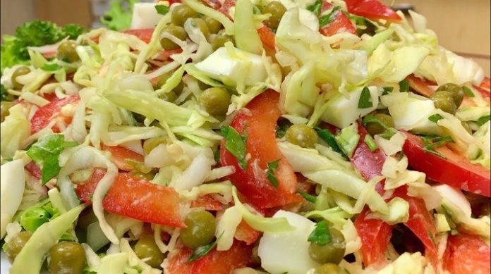 Аппетитный салат из молодой капусты