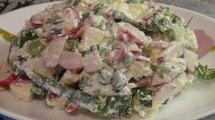 Салат с творогом и овощами: поможет похудеть