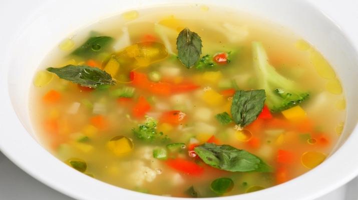 Быстрый в приготовлении овощной супчик