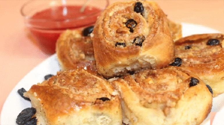 Сладкие булочки с начинкой: получаются всегда