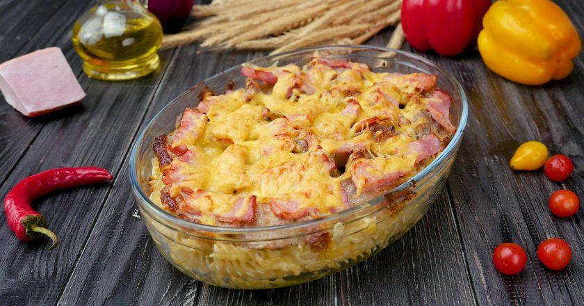 Запеканка из макарон с сыром: объедение