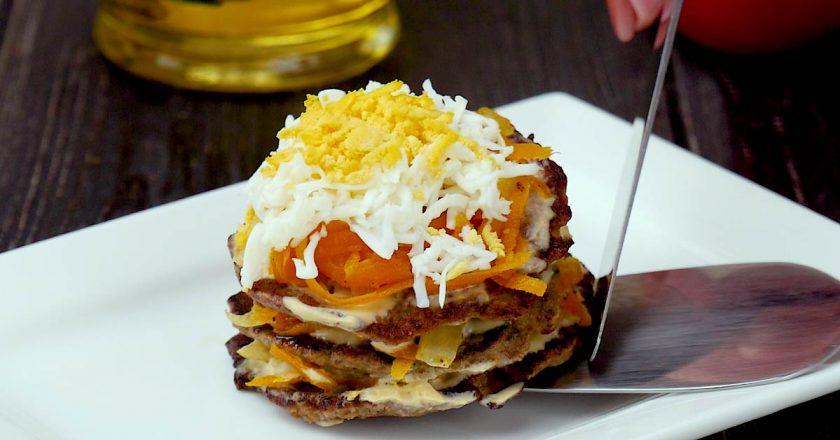 Печеночные мини-тортики: интересная закуска для праздничного стола