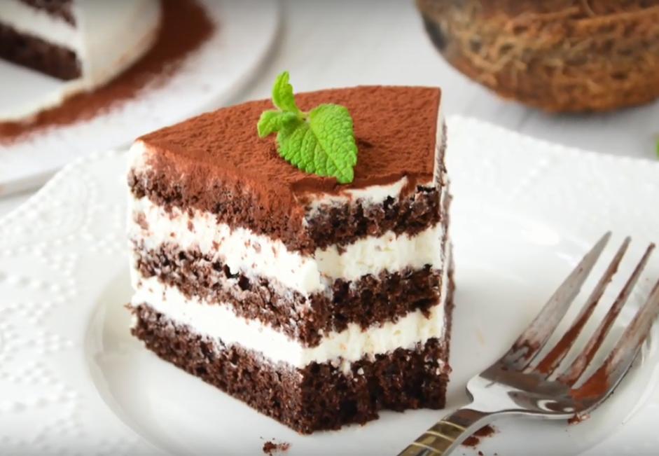 Низкоуглеводный шоколадно-кокосовый торт