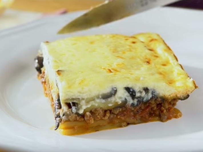 """""""Мусака"""": вкусное греческое блюдо к ужину"""