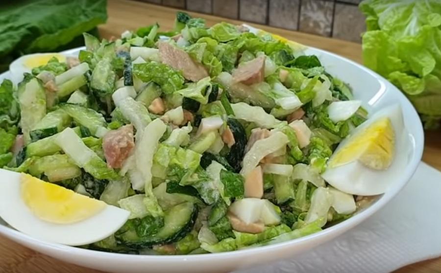 Сочный салатик с капустой