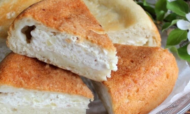 Готовим в мультиварке: отменный пирог с курицей и картошкой