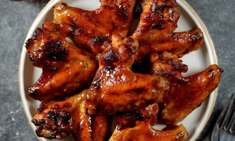 Восхитительно вкусные куриные крылышки в абрикосовой глазури