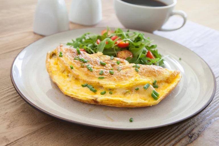 Быстрый завтрак на скорую руку: пышный омлет