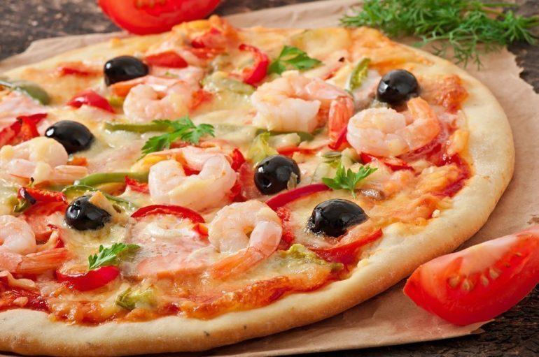 Пицца с морепродуктами и орегано: обязательно попробуйте