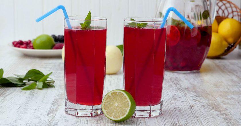 Лимонад из ягод: скоро станет жарко