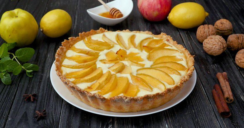 Открытый пирог с айвой: вы полюбите этот фрукт