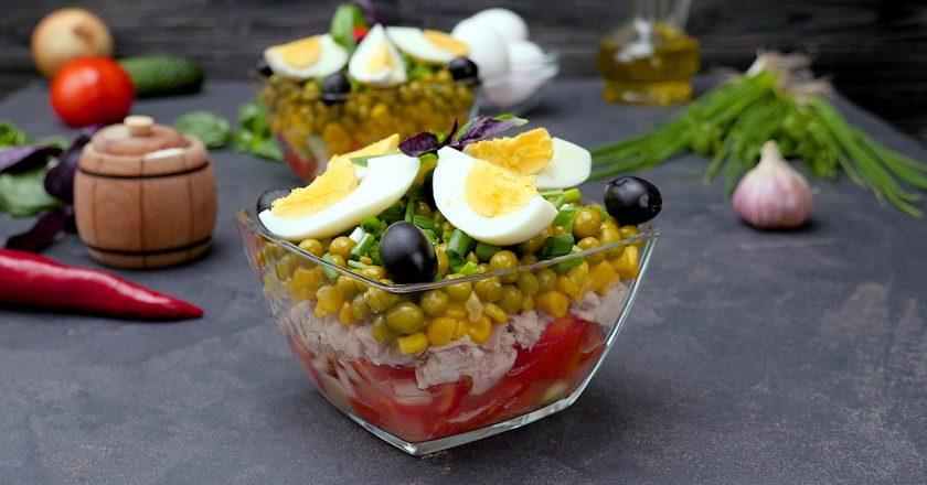 Отменный многослойный салат с тунцом