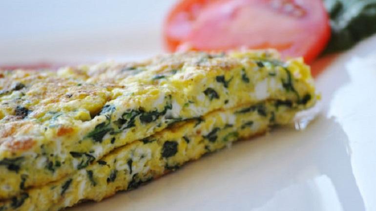 Омлет с зеленью по-азербайджански: еще один вариант вкусного завтрака