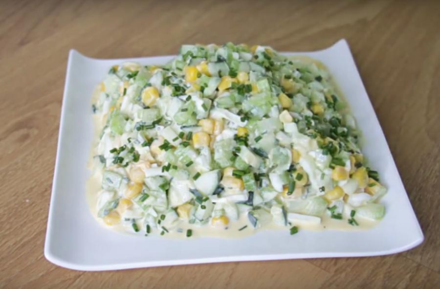 Вкусный летний салат: идеально впишется в меню ПП