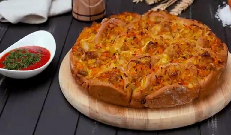 Заливной пирог с квашеной капустой: готовить очень легко