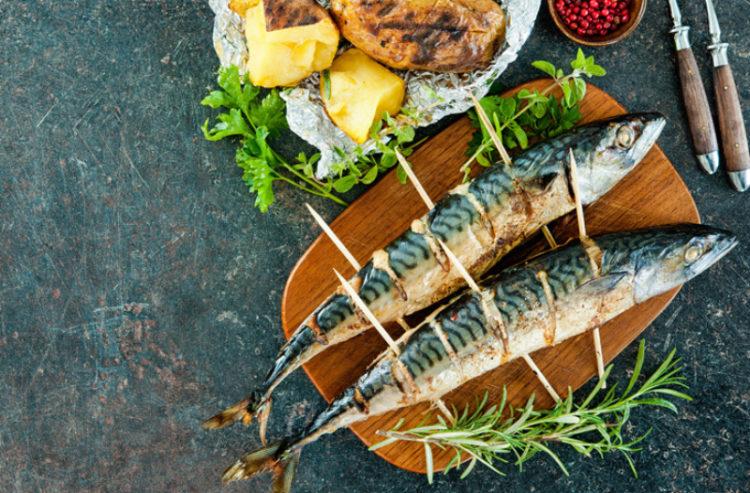 Блюда на мангале: что приготовить во время пикника