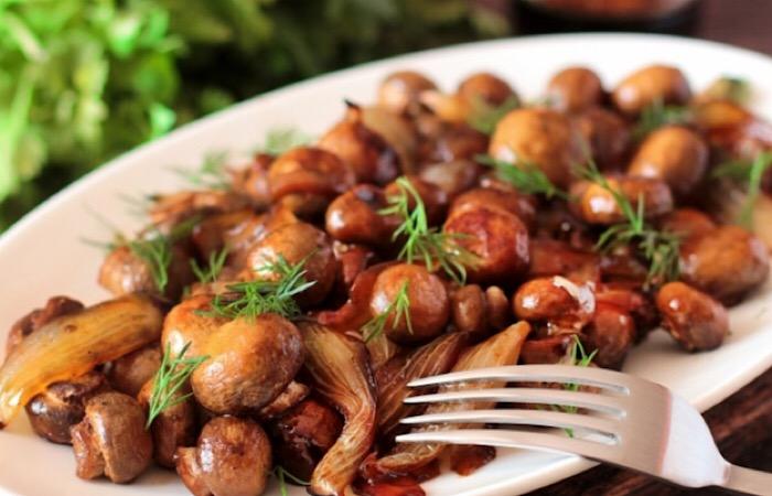 Вкуснейшие шампиньоны с луком в соусе терияки