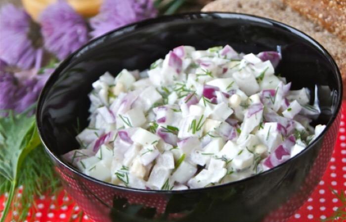 Отменный луковый салат
