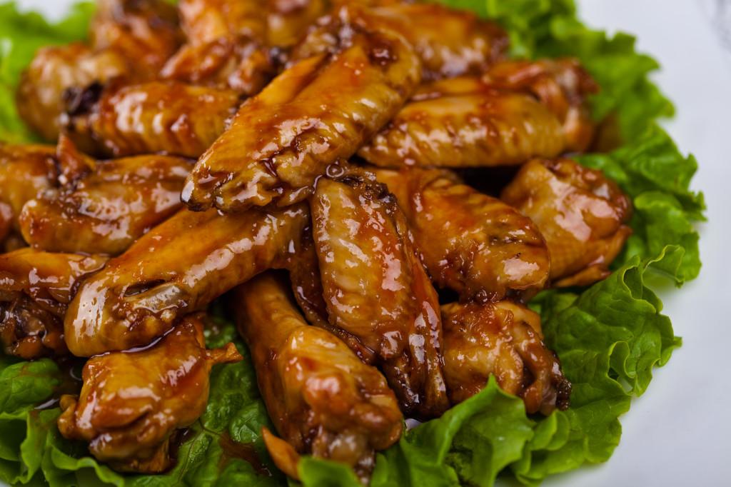 Остро-сладкие куриные крылышки