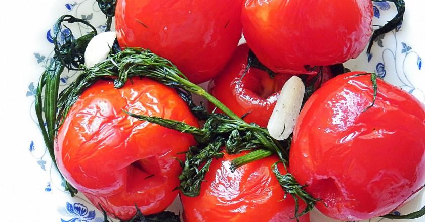 Малосольные помидоры в пакете: вкусная острая закуска