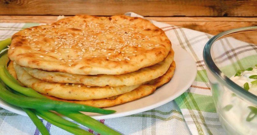 Обалденная узбекская лепешка с луком
