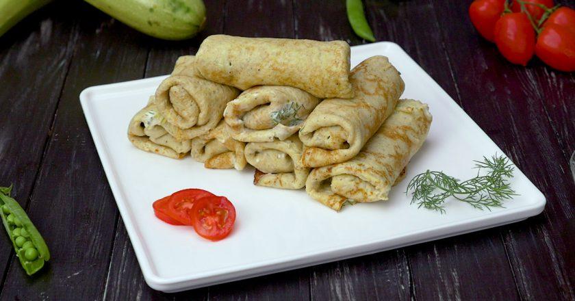 Блинчики из кабачков с чесночной начинкой: мягкие и нежные