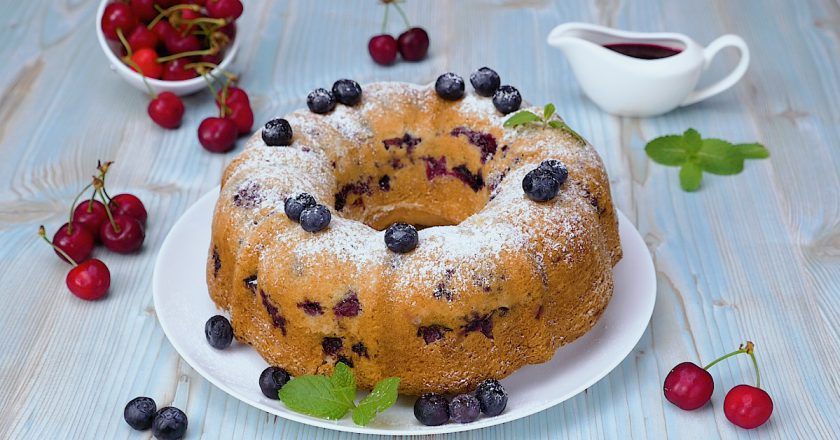 Пирог с ягодами: все гениальное просто, как шарлотка!