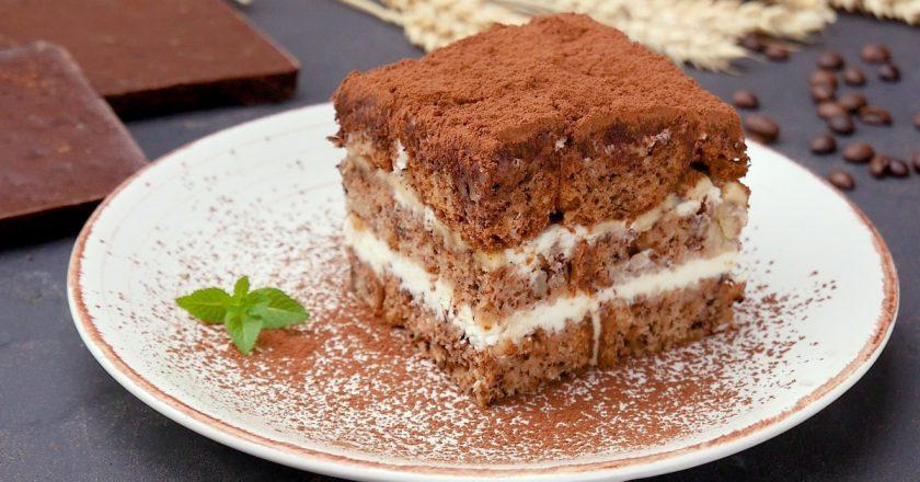 Банановые пирожные: десерт со сливочной начинкой