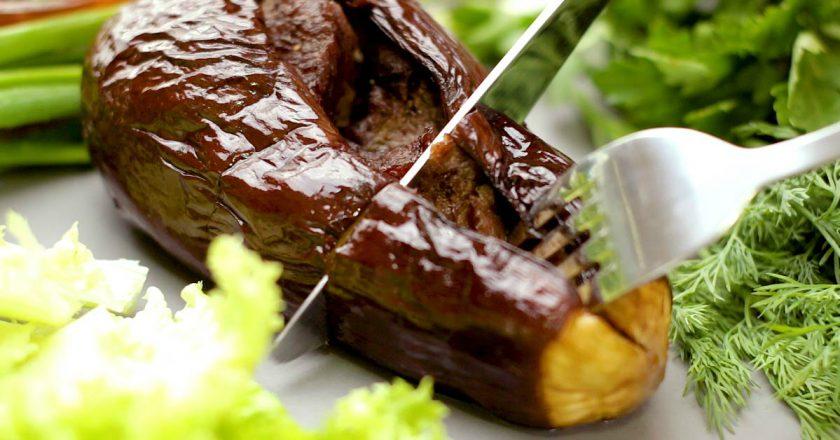 Шашлык в баклажанах: готовим летний обед в духовке