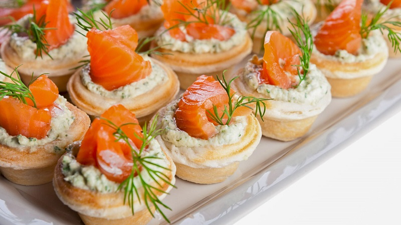 Праздничная закуска в тарталетках: подборка простых и оригинальных рецептов