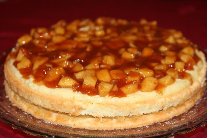 Яблочный торт с белым вином: потрясающая выпечка для всей семьи