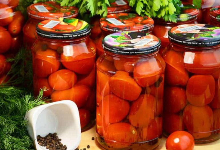 Огурцы и помидоры на зиму без стерилизации: сколько ни закрой, будет мало