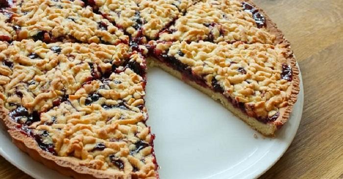 Сливовые пироги: открыт сезон вкусной выпечки