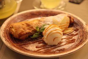 Венский штрудель с яблоками - вкусный десерт