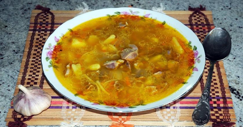 Суп из куриных желудков: густой и сытный