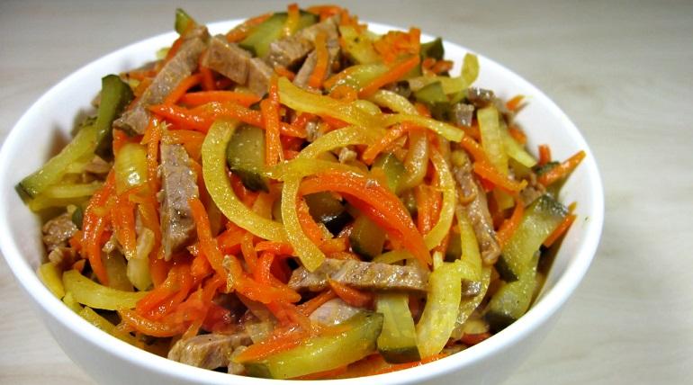 Потрясающе вкусный салат «Азия»: никогда не надоест